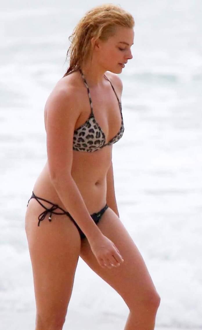 63 Margot Robbie Sexy Pictures Focus On Her Hypnotising Rear