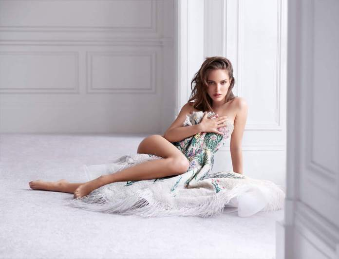 63 Natalie Portman Sexy Pictures Will Drive You Nuts For Her