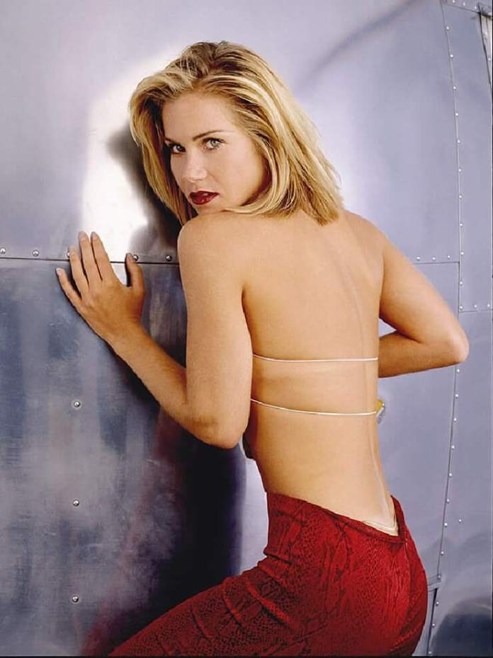 christina applegate butt