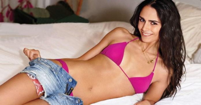 63 Jordana Brewster Sexy Pictures Focus On Her Hypnotising Rear