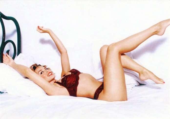 kylie minogue bikini