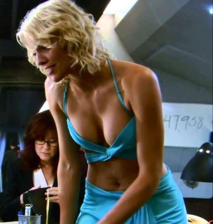 tricia helfer bikini