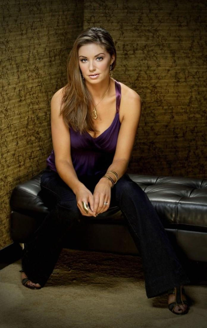 Bianca Kajlich hot pics