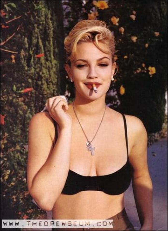 Drew Barrymore sexy look (2)