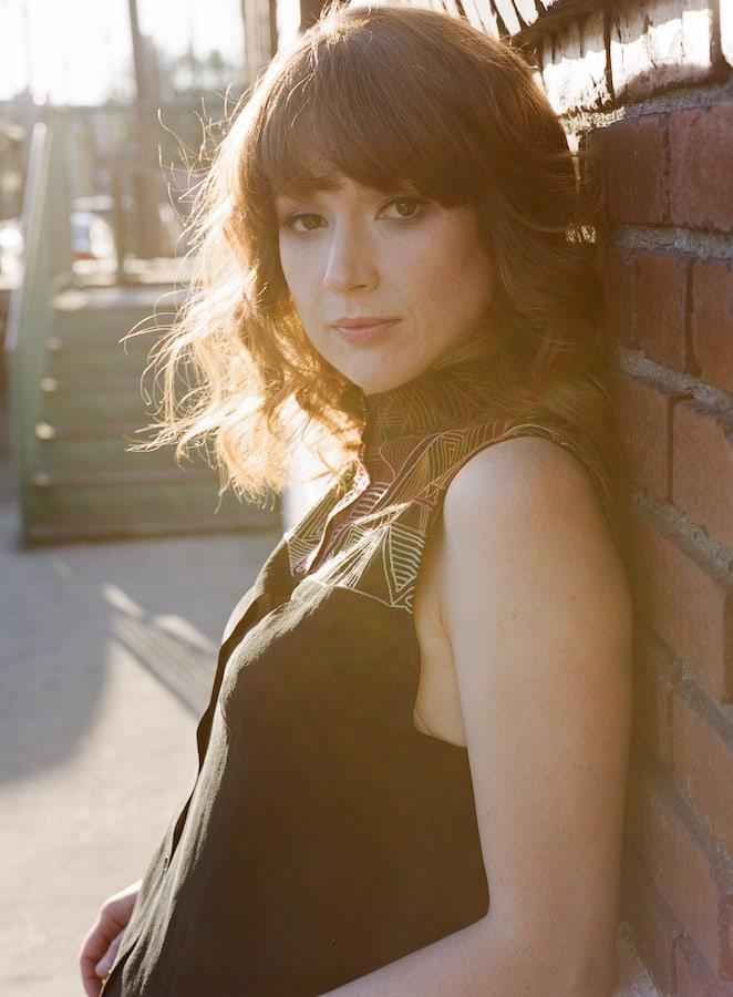 Ellie Kemper sexy