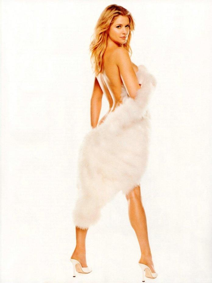 Kristy Swanson hot pic