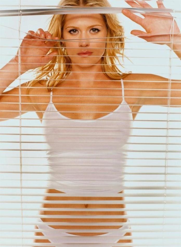 Kristy Swanson hot