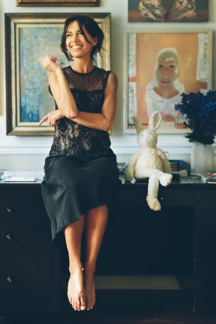 Susanna Hoffs sexy look