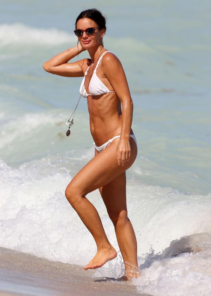 Gabrielle Anwar hot