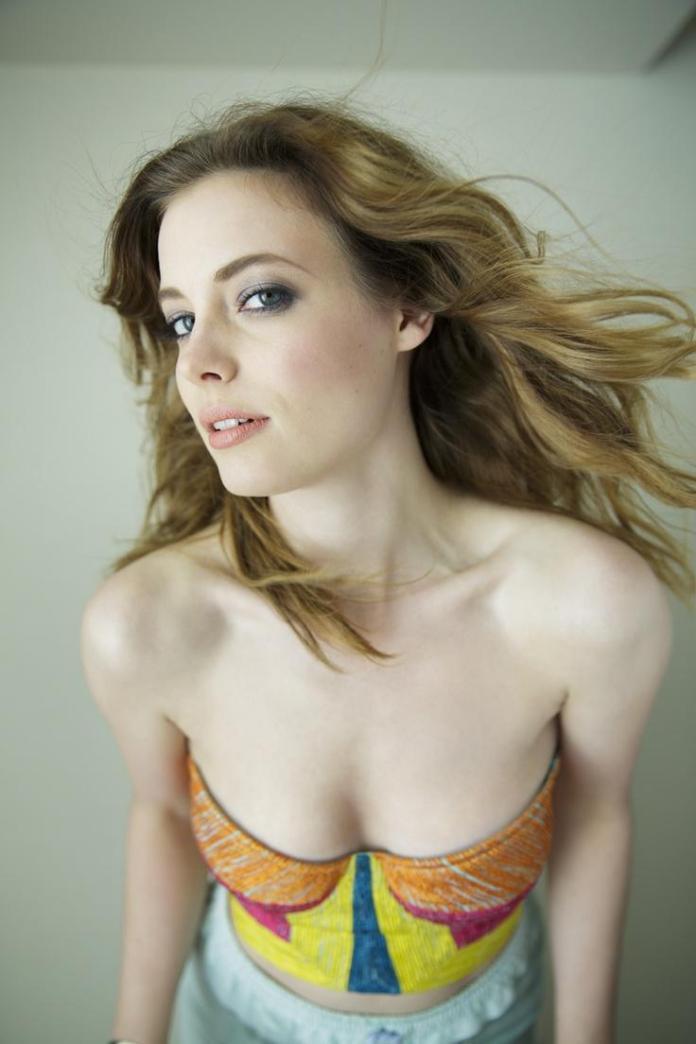 Gillian Jacobs sexy pic