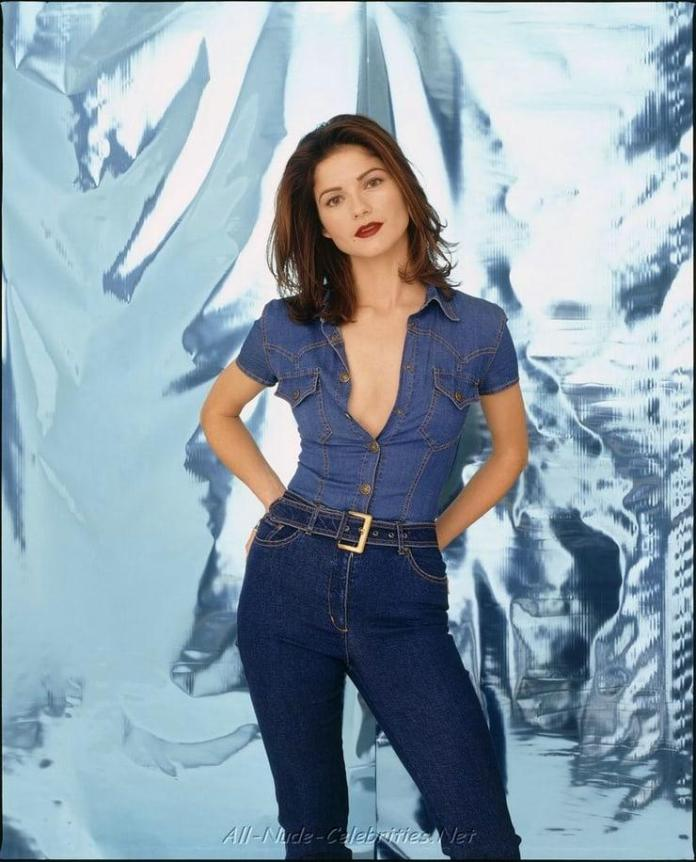 Jill Hennessy hot pic