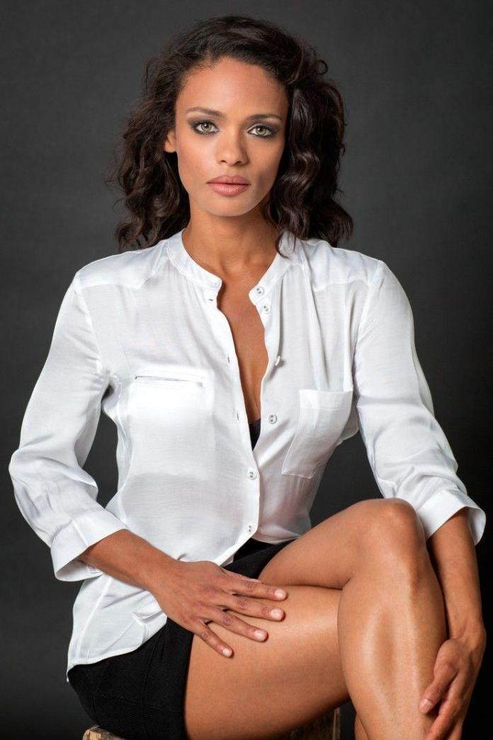 Kandyse McClure sexy look