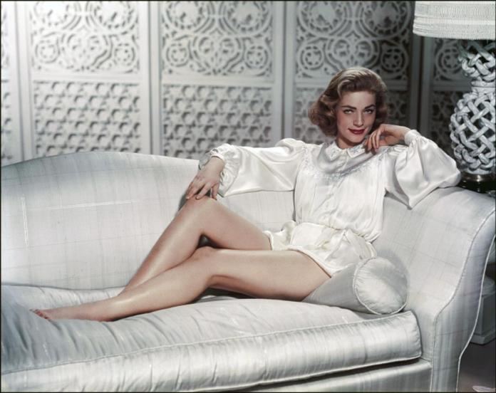 Lauren Bacall sexy pic