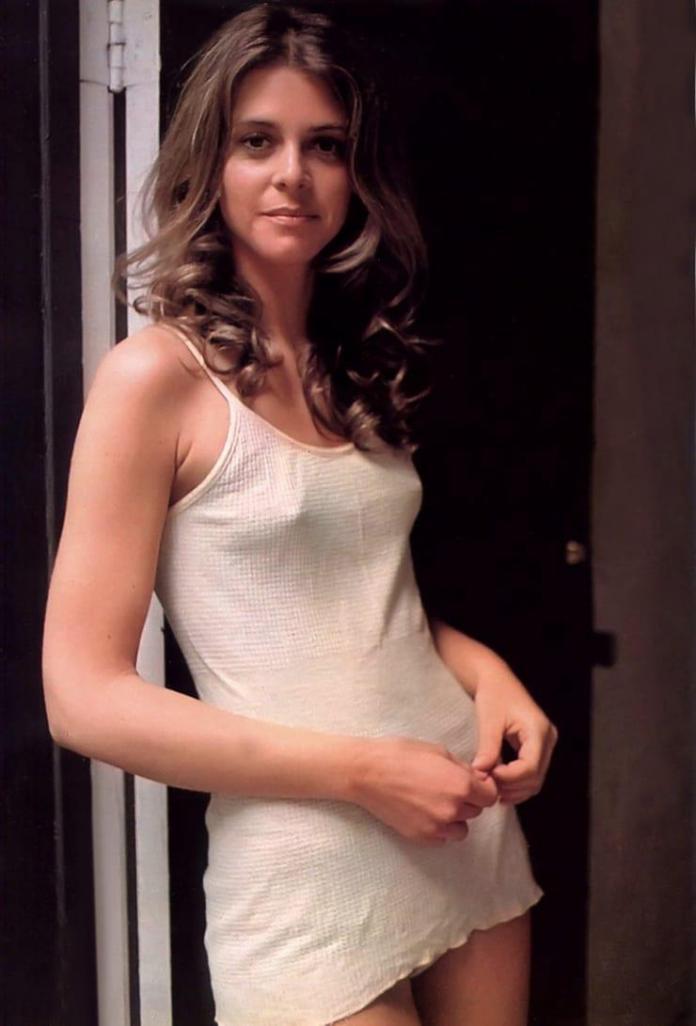 Lindsay Wagner hot