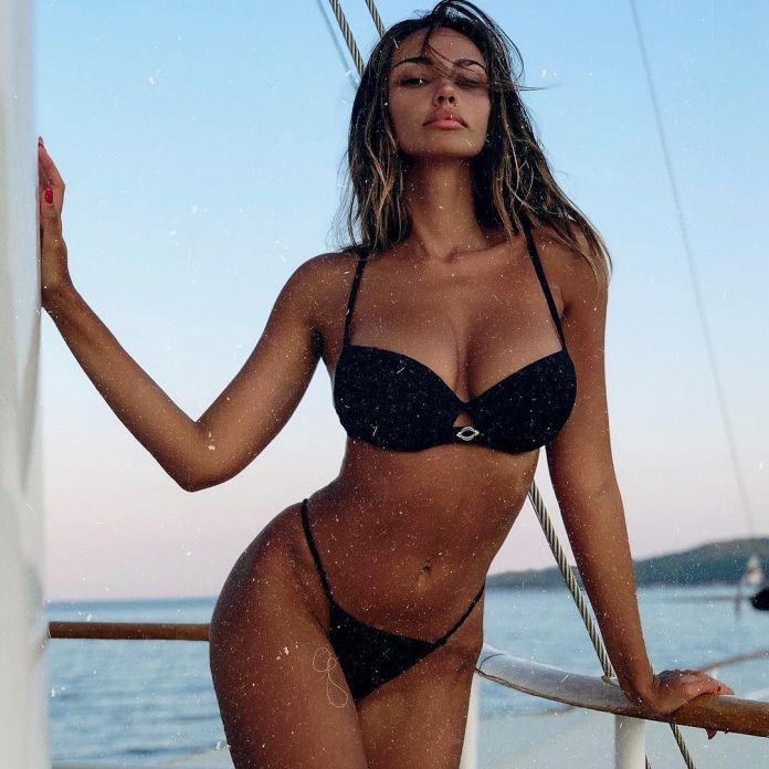 Mădălina Diana Ghenea sexy pic