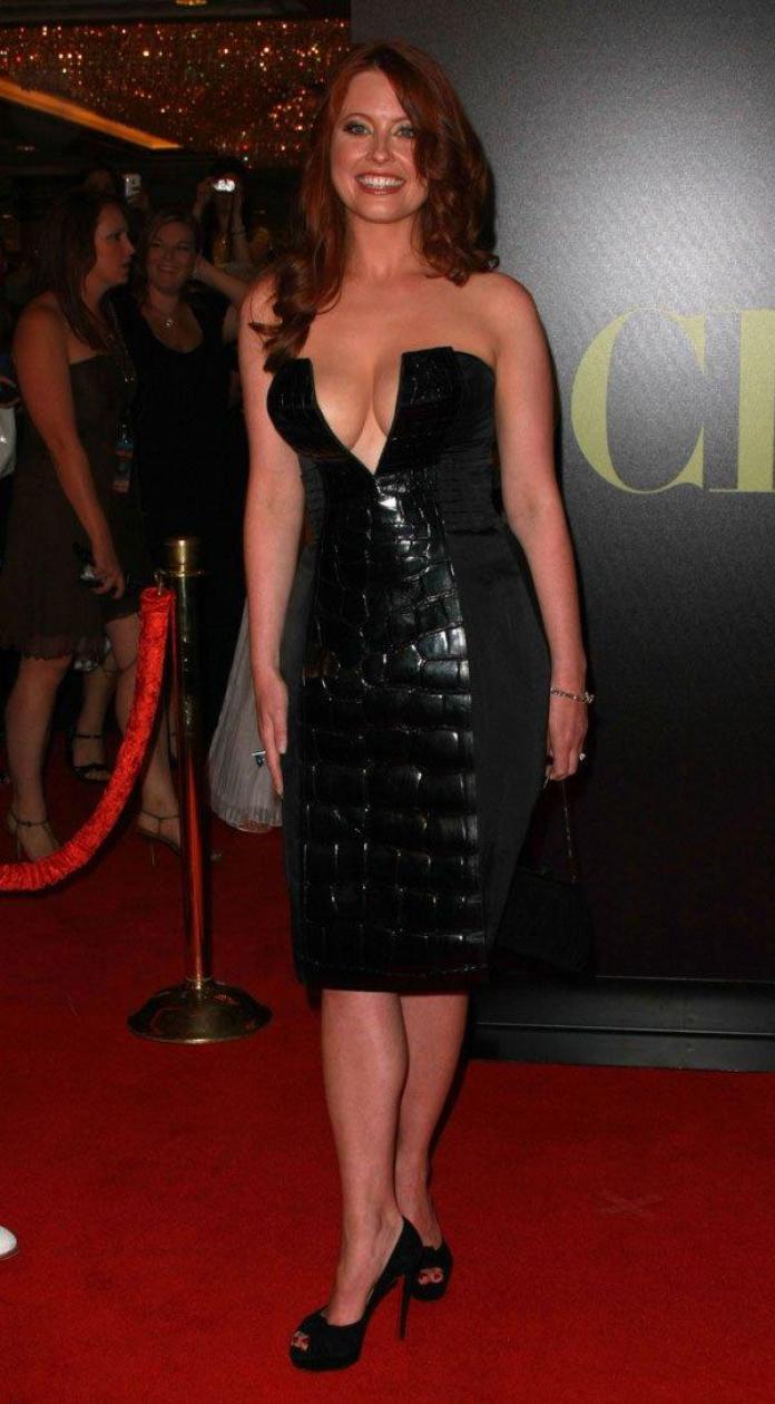 41 Hottest Pictures Of Melissa Archer   CBG