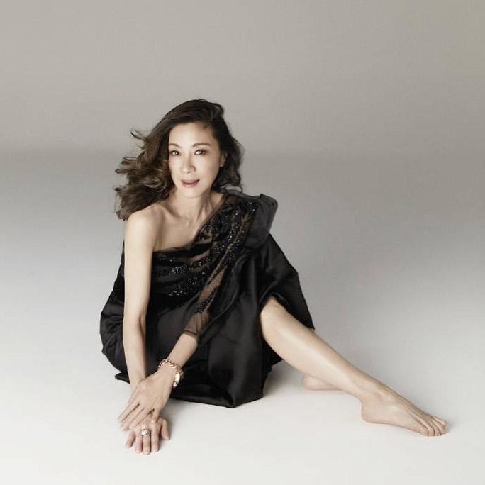 Michelle Yeoh hot look