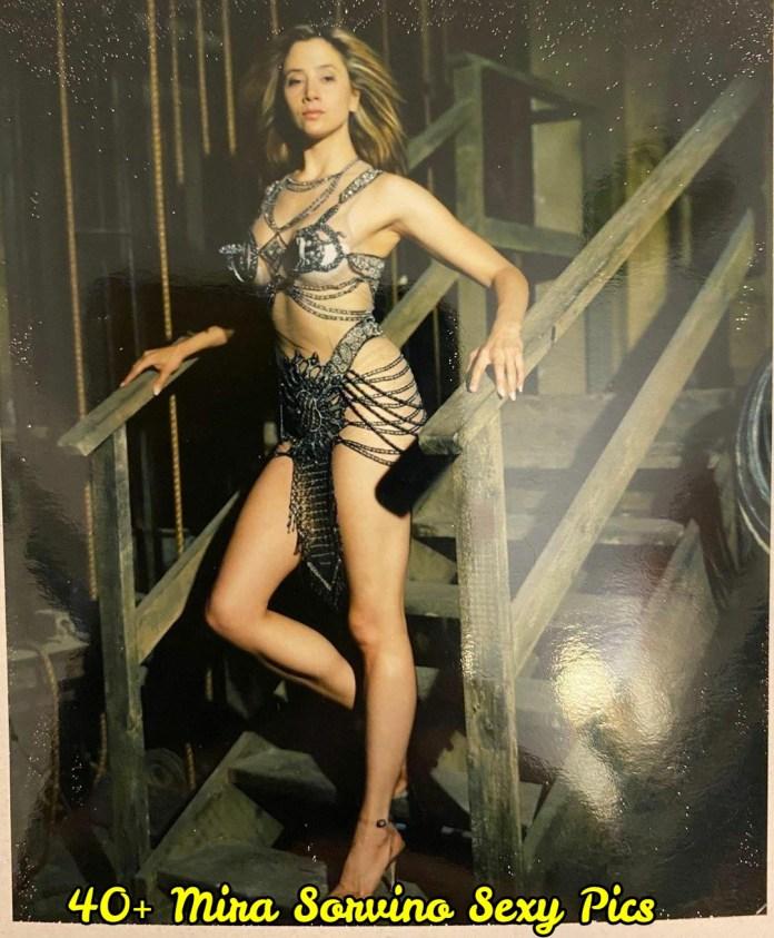 Mira Sorvino sexy pictures