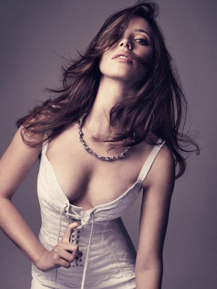 Rebecca Hall hot