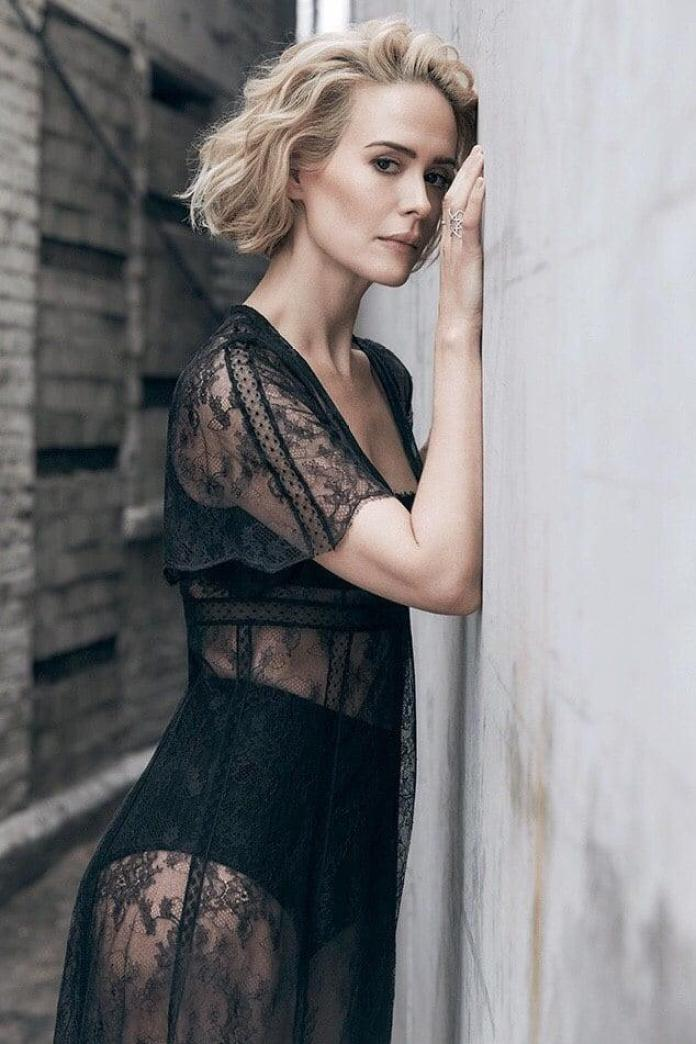 Sarah Paulson hot