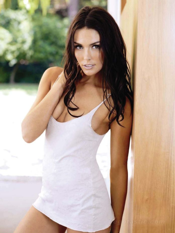 Taylor Cole sexy look