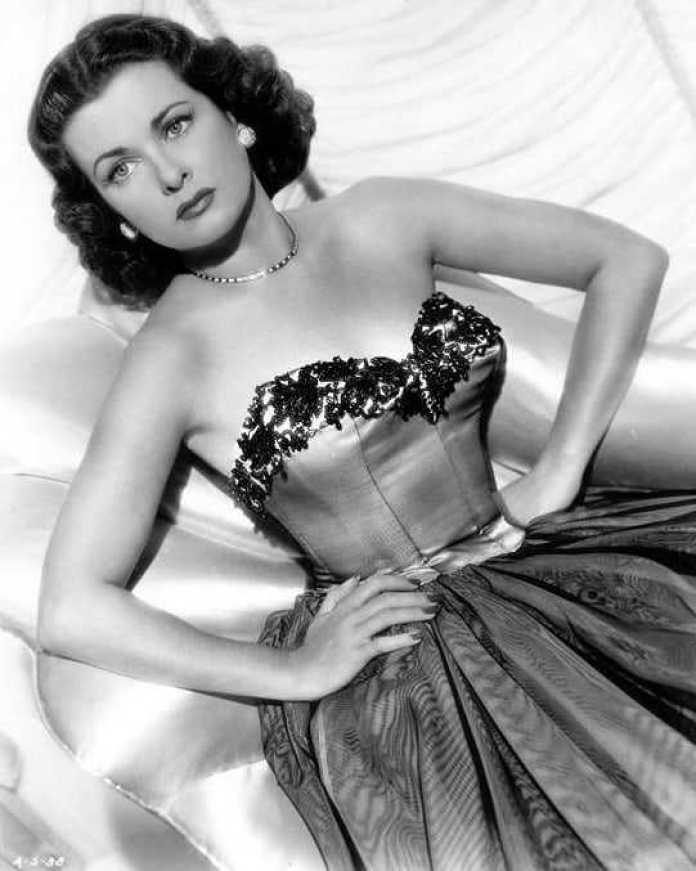 joan bennett big boobs