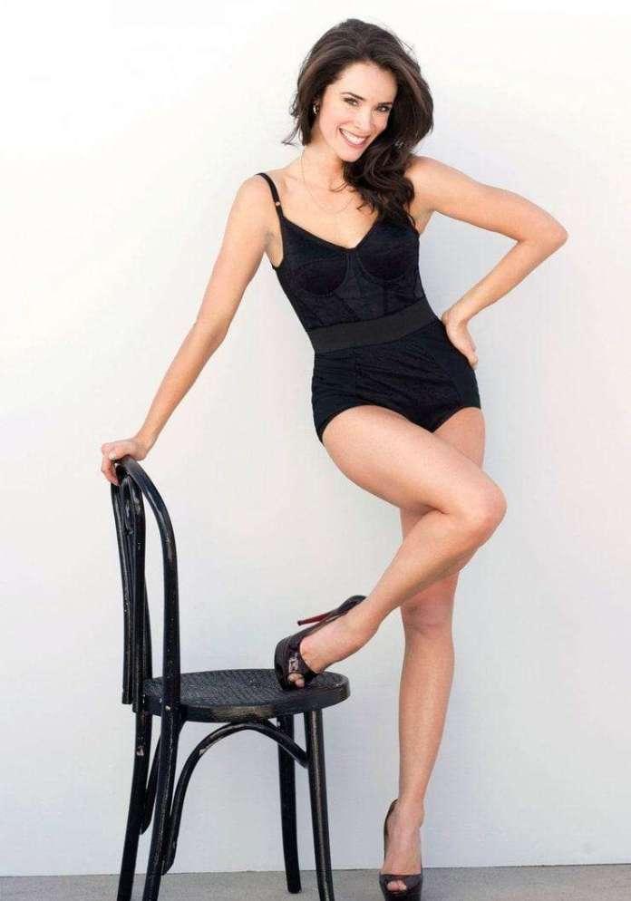 Abigail Spencer lingerie pics