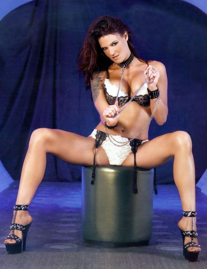 Amy Dumas hot images