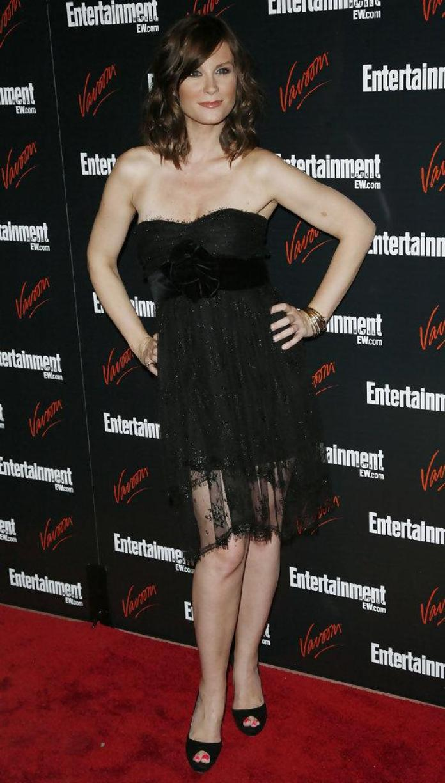 Bonnie Somerville sexy pics