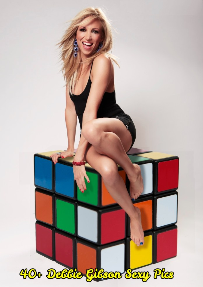 Debbie Gibson sexy pictures