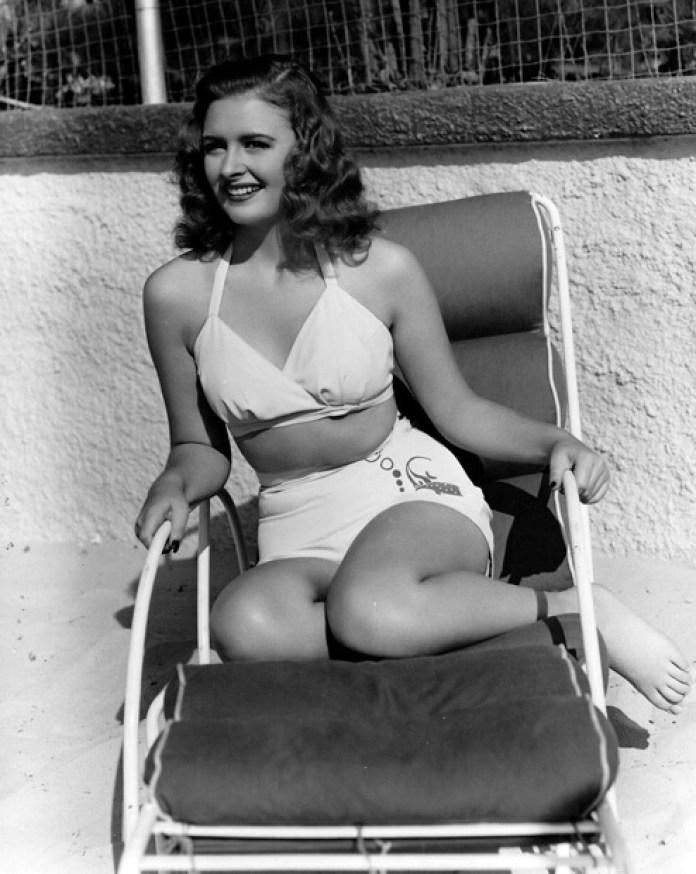 Donna Reed Hot bikini pic