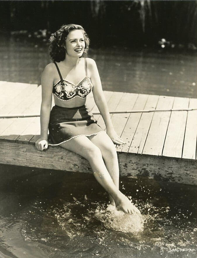 Donna Reed sexy feet