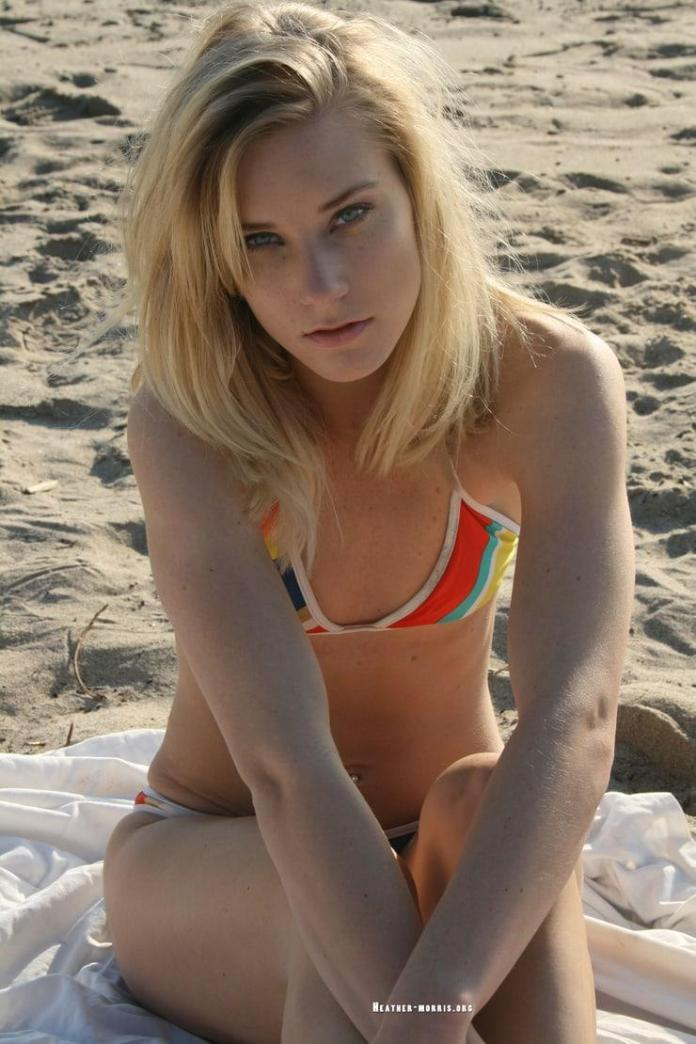Heather Morris hot cleavage pic