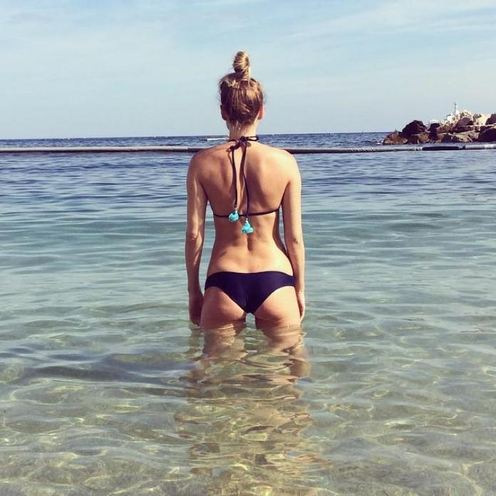 Kate Nauta booty pics