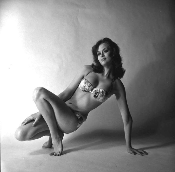 Lauren Hutton sexy pics