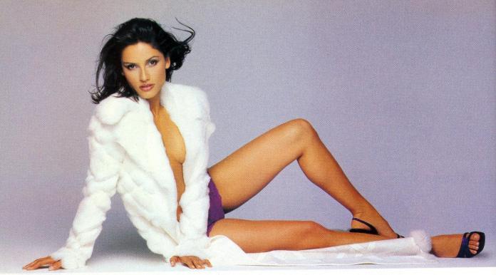 Leonor Varela hot feet