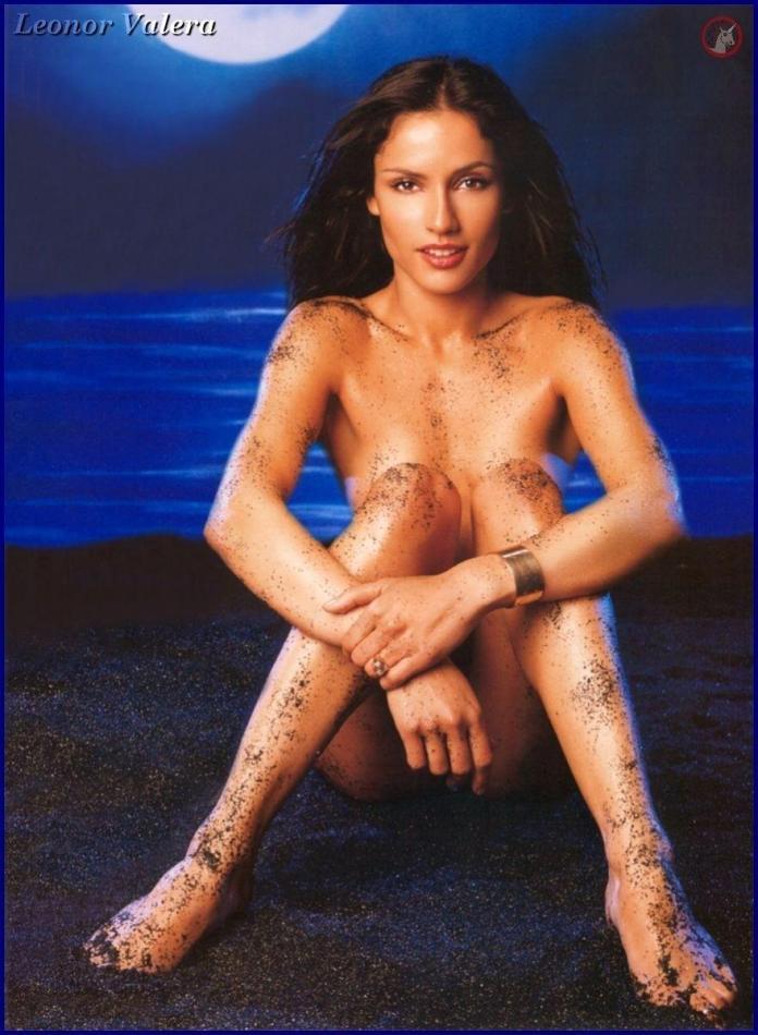 Leonor Varela topless pic