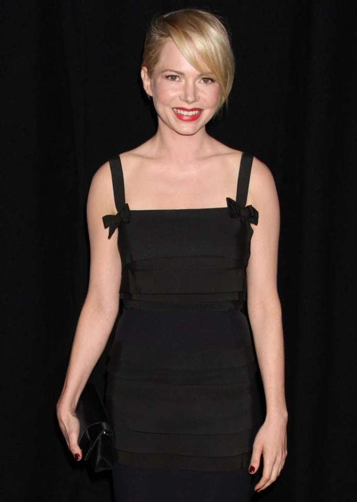 Michelle Williams sexy look
