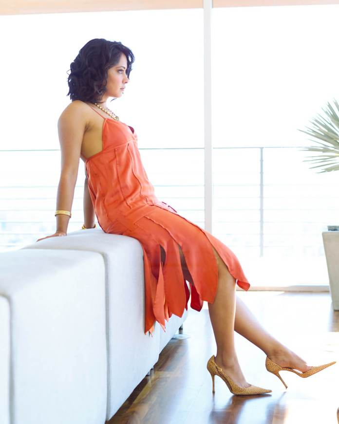Parminder Nagra amazing look