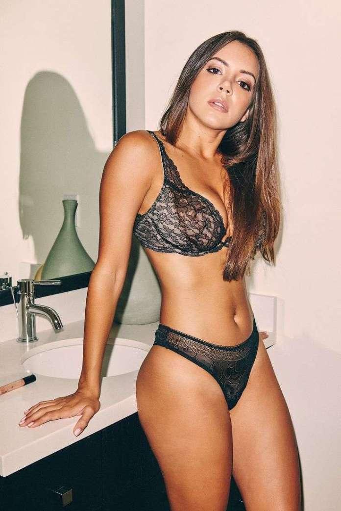 Shelby Chesnes sexy