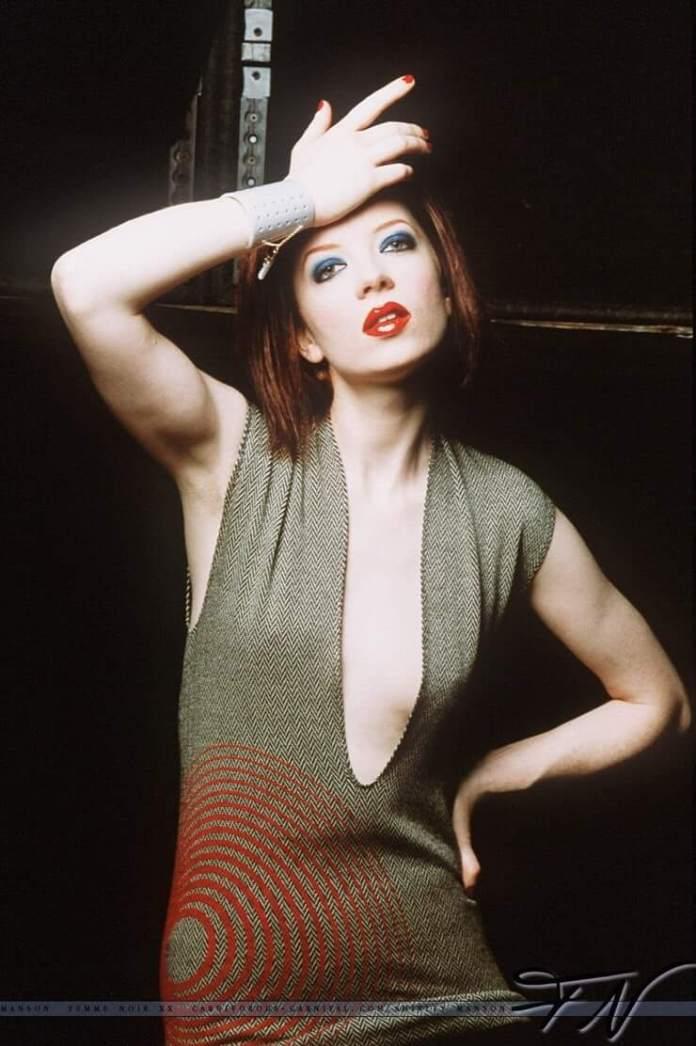 Shirley Manson hot images pics