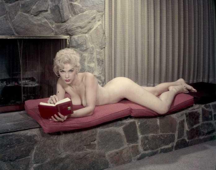 Stella Stevens nude pics