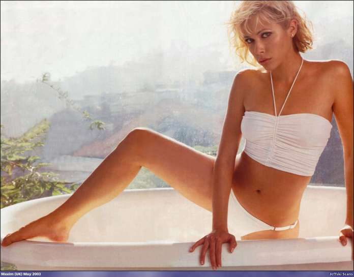Jennifer Sky hot look