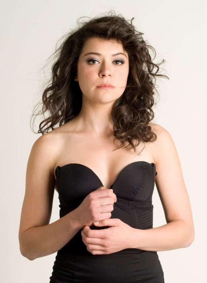 Tatiana Maslany sexy