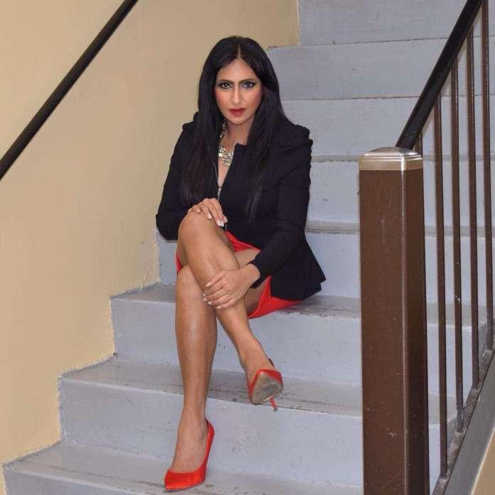 Elena Khan sexy look