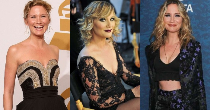 41 Sexiest Pictures Of Jennifer Nettles