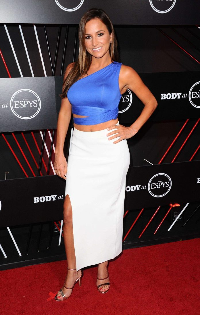 Dianna Russini sexy look