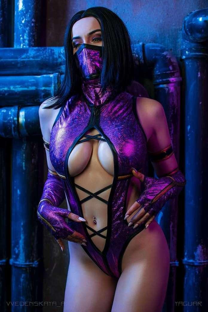 Mileena hot look