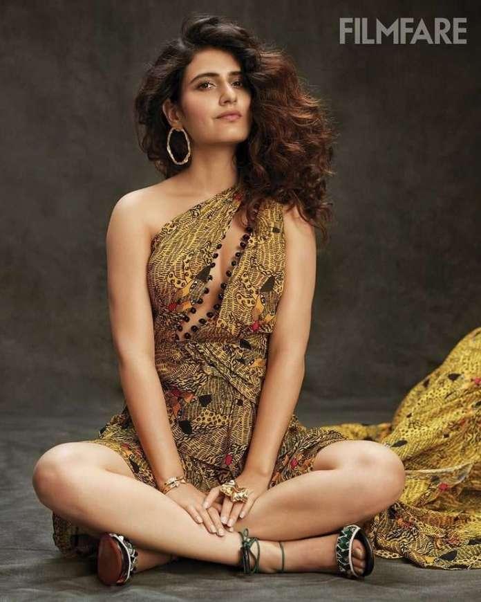 Fatima Sana Shaikh sexy look