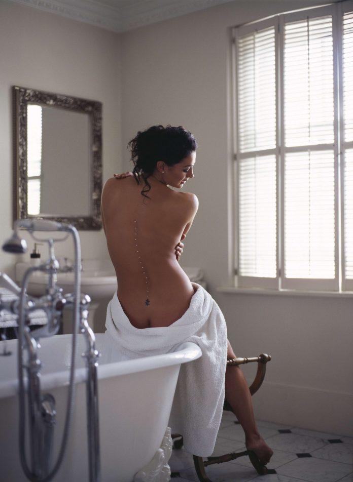 Natalie J. Robb hot pic